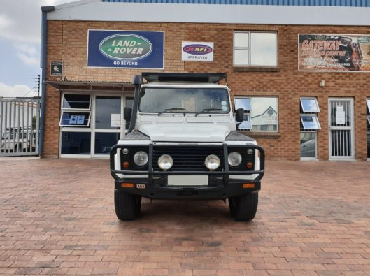 Defender 110 Td5 CSW with 212 864Km