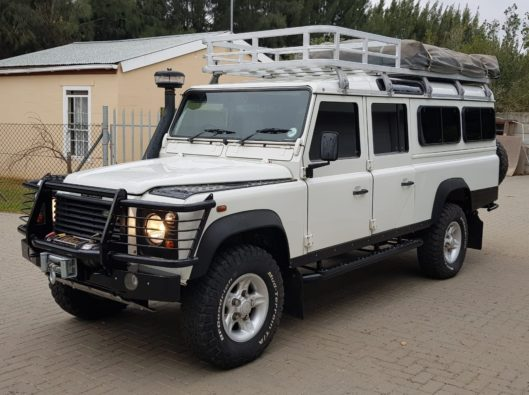 2007 Land Rover Defender 130 with 129 000 Km