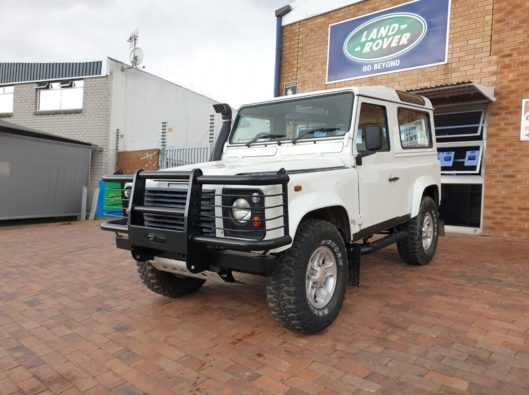 2005 Land Rover Defender 90 Td5 CSW with 230000Km